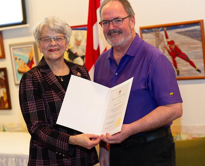 Joe McAskill receiving Heritage award